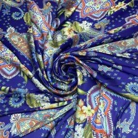 Cetim Toque de Seda Estampado Arabesco Azul • Luema Tecidos